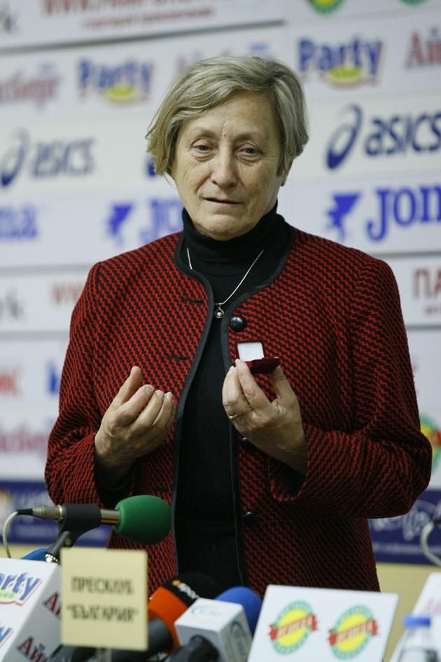 Нешка Робева: В чужбина си  измиват ръцете с българските треньори