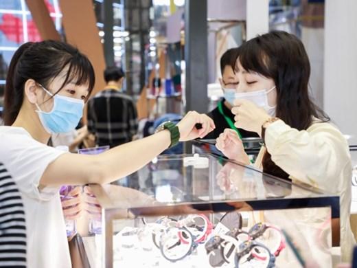 Китайските марки часовници отново привличат интереса на младите