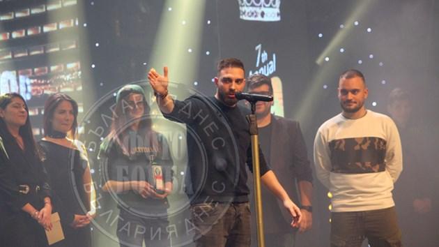 """""""Скандау"""" предизвика скандал на хип-хоп наградите"""