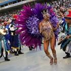 Вижте карнавалните паради на школите по самба в Рио де Жанейро (Снимки)