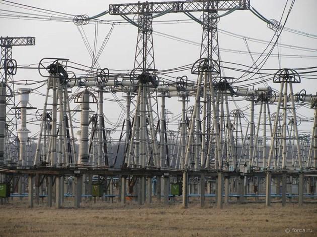 300 000 фирми търсят нов доставчик на ток до 10 септември