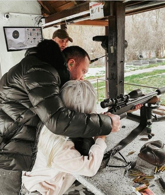 Кобрата учи Андреа да стреля, събраха се окончателно