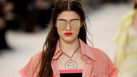 """Български модел част от ревюто на """"Шанел"""" в Париж (Снимки)"""