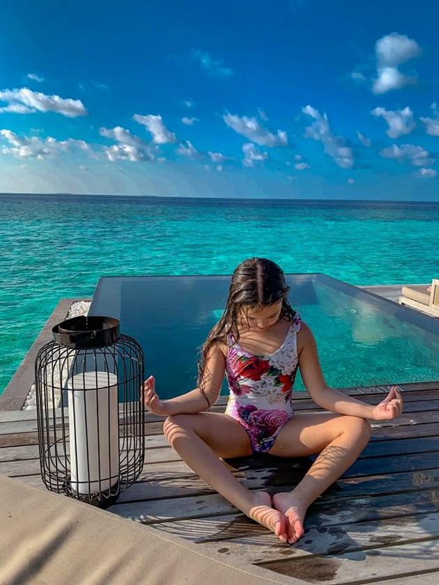 Щерката на Ни Ло с първа баня на Малдивите