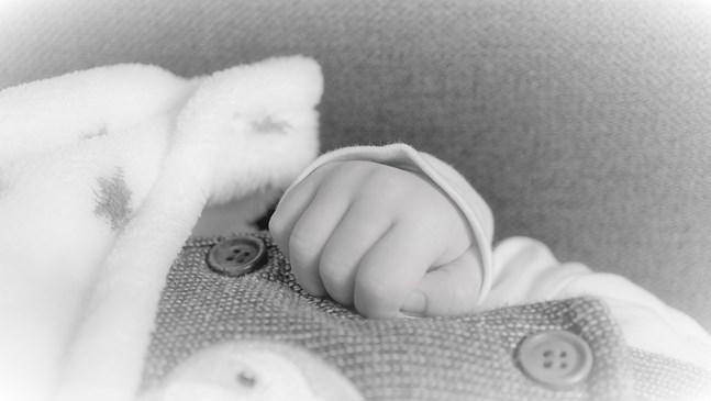 Умен гащеризон следи движенията на бебетата