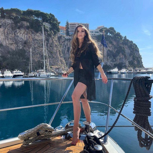Лолита получи и разходка с яхта за рождения ден