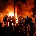 В Минеаполис опожариха полицейско управление (Снимки и видео)