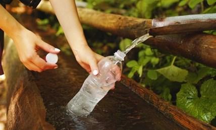 Втори път пластмасова бутилка - риск от норовирус