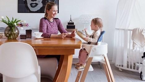 Стол расте заедно с детето