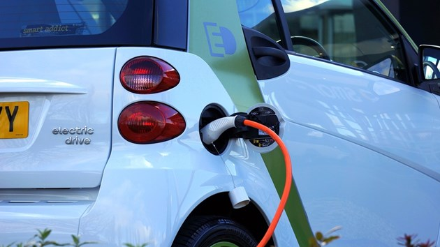 Над 400 000 работни места в Германия под заплаха заради електромобилите