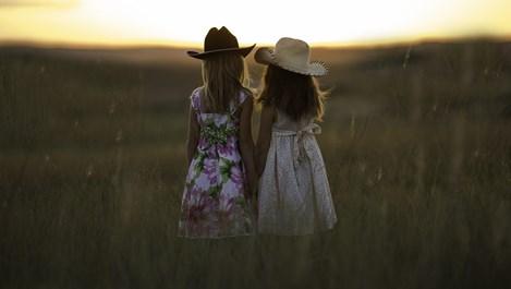 По-големите братя и сестри са по-умни, отколкото по-малките
