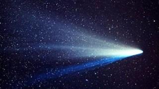Защо Халеевата комета предизвиква възхищение и страх