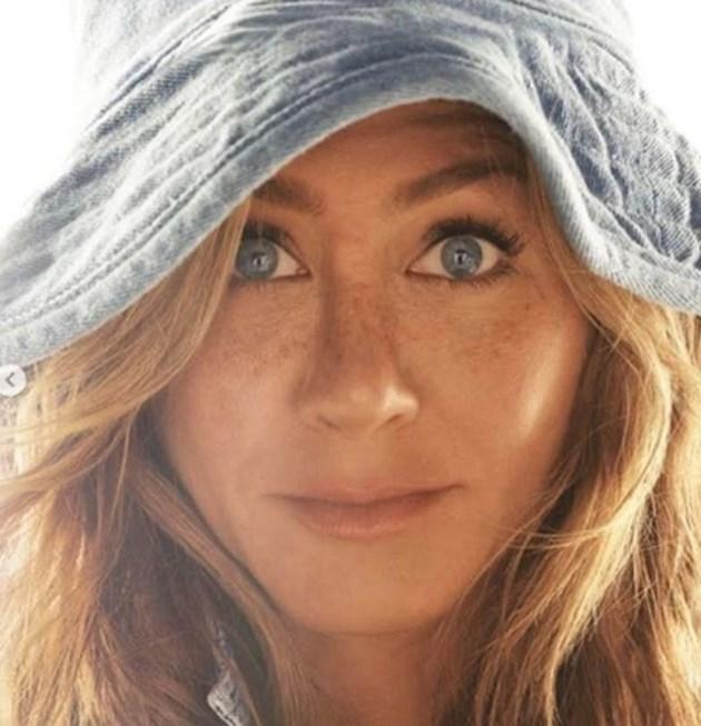Актрисата Дженифър Анистън постави Гинес рекорд в Инстаграм