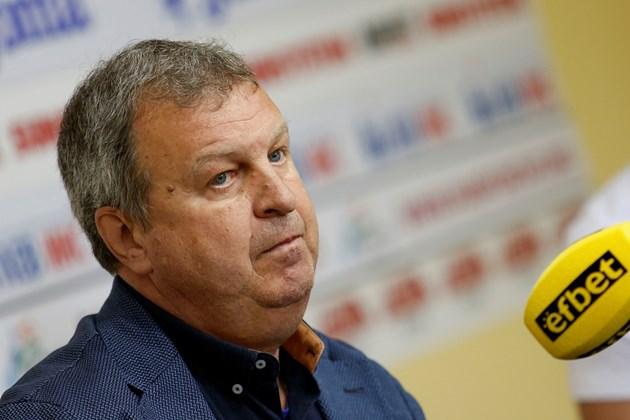 """Юри Васев водеше """"Миньор"""" (Перник), преди да поеме """"Марек"""""""