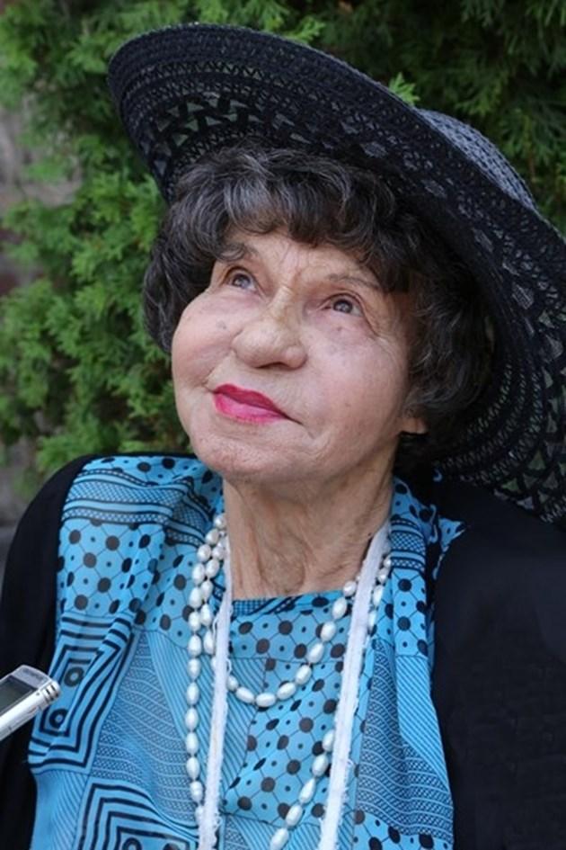 Стоянка Мутафова: И в Рая няма да е лесно!