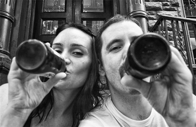 Фотограф снима битката на жена си с рака (39 снимки)
