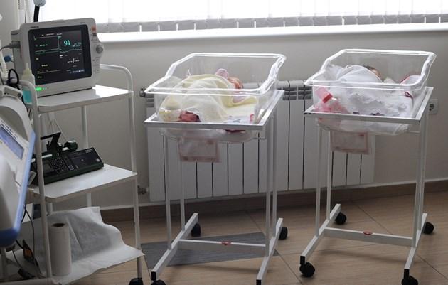 През последния месец и половина е зачестил приемът на бебета и деца между 20-дневна и 5-6-годишна възраст с COVID.