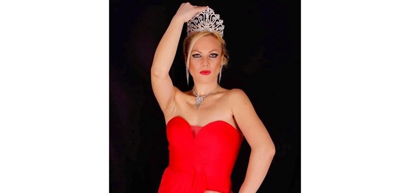 Мисис България с короната / Снимки: Личен архив