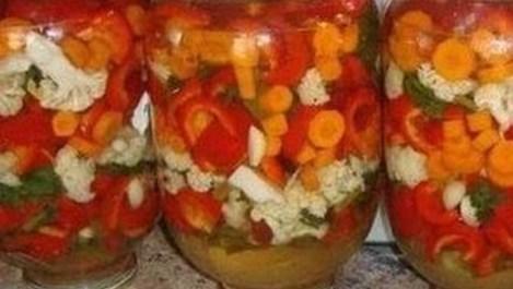 Зеленчукова мозайка с мед и бахар