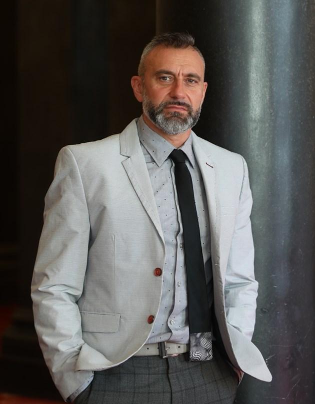 Депутатът от ГЕРБ Калин Вельов: Бих работил с хората на Слави