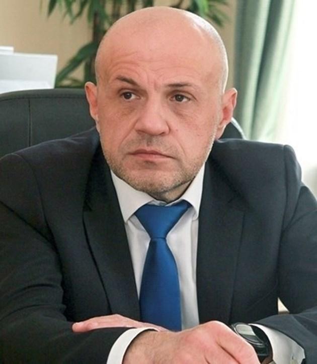 Томислав Дончев: 17 000 регистъра на хартия  ще се превърнат в машинно четивен формат