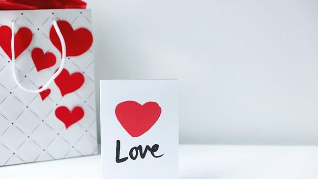 10 бюджетни и практични подаръци за Свети Валентин