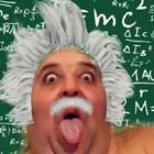 Любо Нейков се прави на Айнщайн (видео)