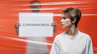 Учените се надяват повторното заразяване с COVID-19 да се кара по-леко