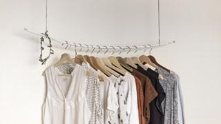 Грешките при пране, сушене и съхранение на дрехи