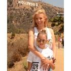 Емилия в Холивуд