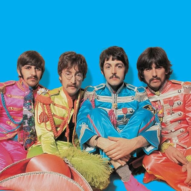 """Легендарните """"Бийтълс"""" Ринго Стар, Джон Ленън, Пол Маккартни и Джордж Харисън (от ляво на дясно)"""