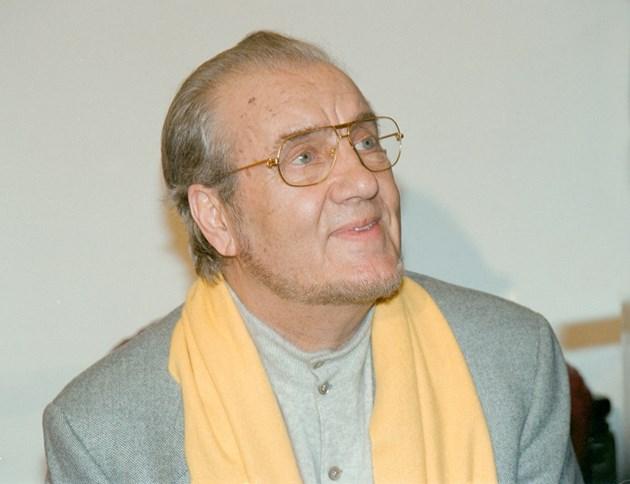 Николай Гяуров бил вратар