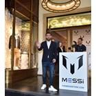 Меси влиза в модата