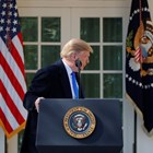 Тръмп подписа документ за обявяване на национално извънредно положение