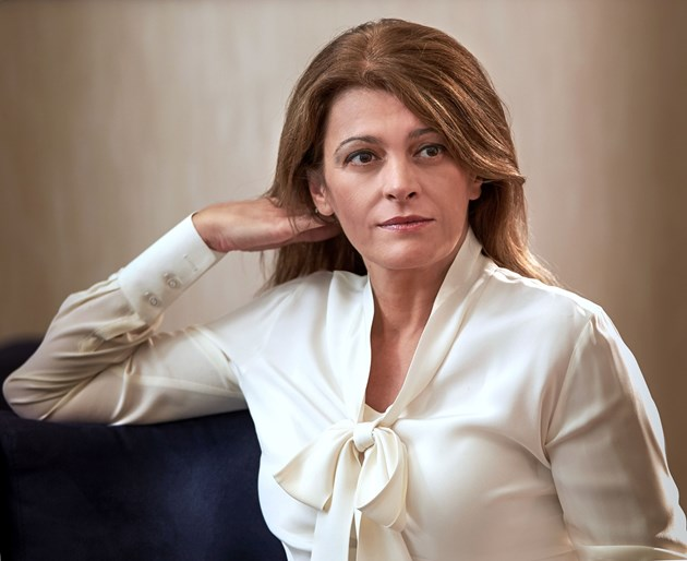 Съпругата на президента Румен Радев с аневризми* в мозъка, може да са усложнения след COVID