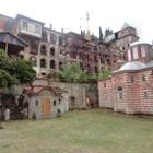 Огнен апокалипсис руши манастири
