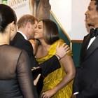 """Хари и Меган разцелуваха Бионсе и Джей Зи на премиерата на """"Цар Лъв"""" в Лондон (Снимки)"""