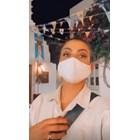 Деси Цонева маскирана в Миконос