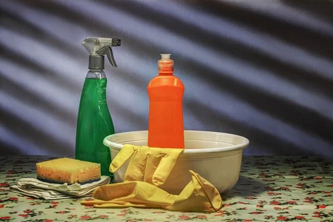 Най-мръсното място е дръжката на вратата, ако няма препарати или спирт, течност за чистачки върши работа