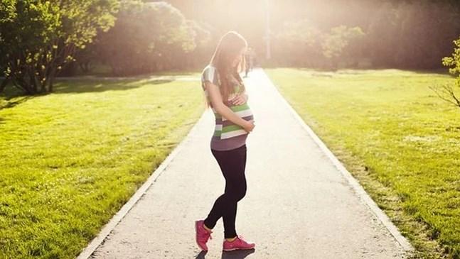 Бременните жени с COVID-19 по-често раждат преждевременно
