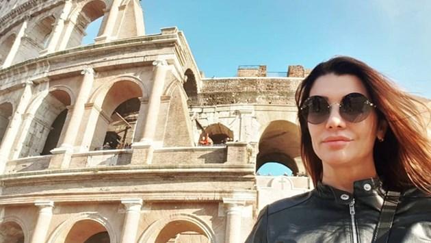 Кали с тайнствен мъж в Рим