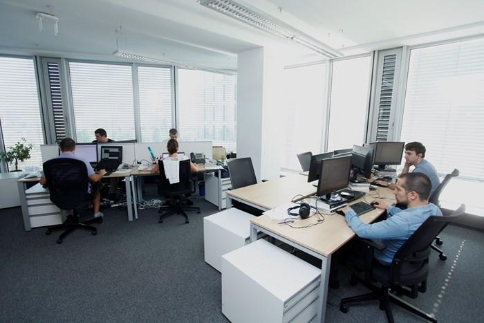Най-трудно работодателите намират добри програмисти.  СНИМКА: ЙОРДАН СИМЕОНОВ