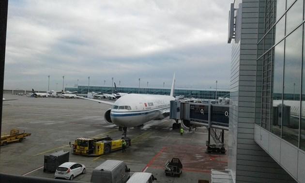 От 2021 г. започва обновяване  на летището в София