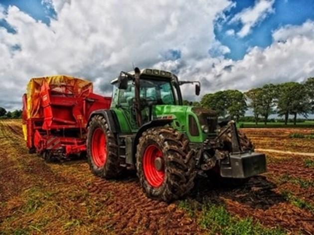 """Фонд """"Земеделие"""" превежда днес над 630 млн. лева на земеделски стопани"""