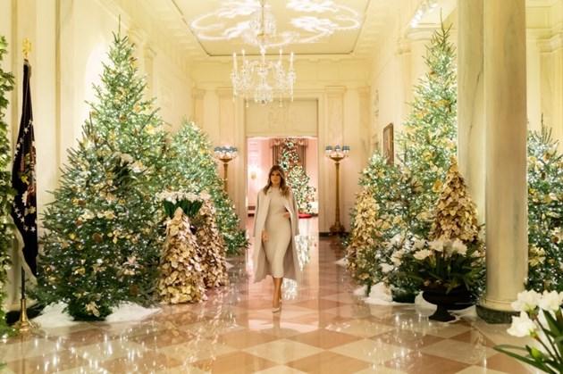 Мелания Тръмп представи коледната украса на Белия дом (снимки+видео)