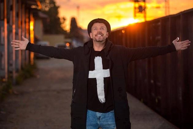 """Актьорът от """"Хъшове"""" Дани Ангелов: Псалм 91 спаси живота ми!"""