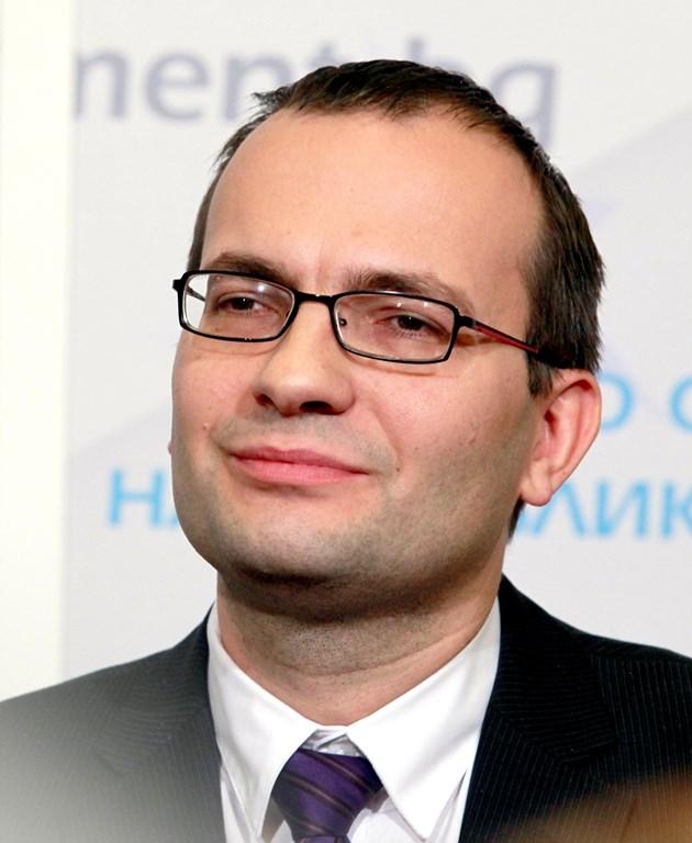 По-ниска наказателна лихва за забавени плащания предлагат от Демократична България