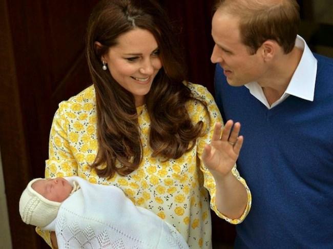 Кейт Мидълтън и принц Уилям с принцеса Шарлот - 2 май, 2015 г.