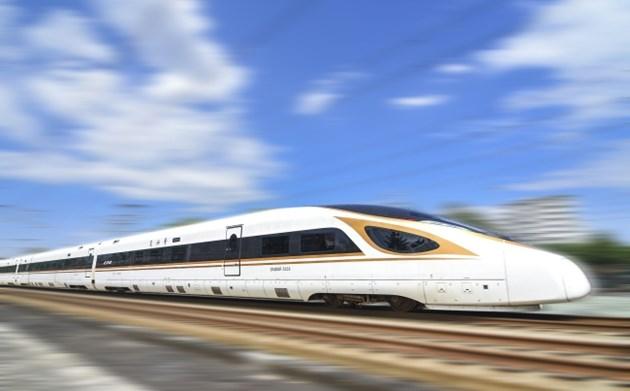 Нов еднодневен рекорд на броя пътници в железопътния транспорт в Китай