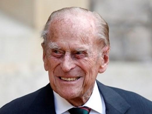 Кои 30 са избрани да присъстват на погребението на принц Филип